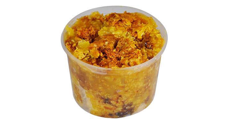 Забрус – продукт из меда, воска и пыльцы